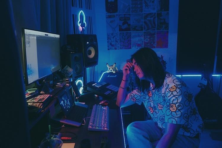 Imagine Dragons tung MV 'Wrecked', phiên bản 'healing lofi' cho ca khúc từ producer Việt Nam cũng được phát hành