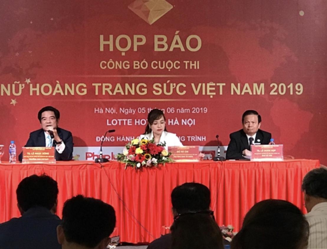Cuộc thi ''Nữ hoàng trang sức Việt Nam'' lần thứ IX