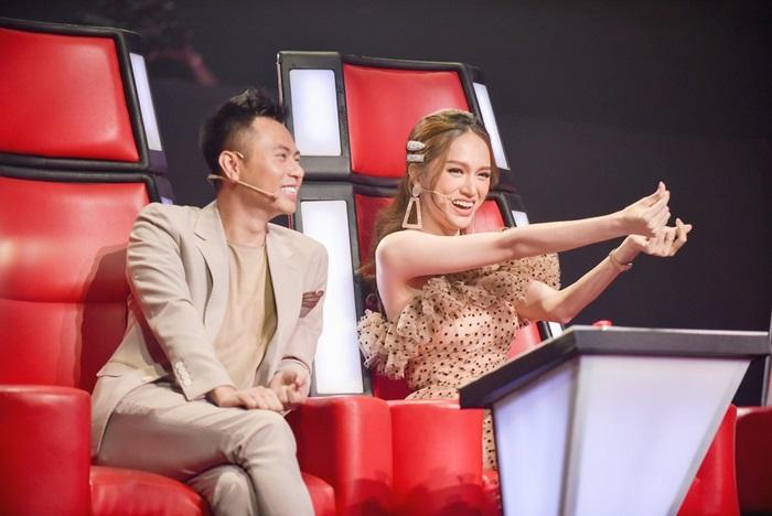 Vất vả 'lôi kéo', Hương Giang - Dương Cầm sở hữu đội hình toàn 'chiến binh khủng'tại The Voice Kids 2019
