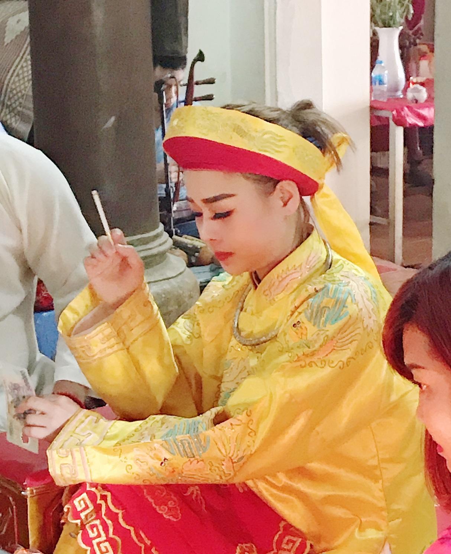 Vẻ đẹp hút hồn của cô đồng DJ đẹp nhất Việt Nam