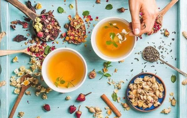 Tập thể dục nhẹ, uống trà thảo mộc... là những thói quen hàng ngày giúp eo thon thả