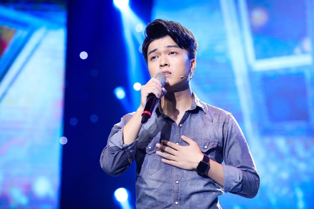 Chàng trai miền sơn cước - Khánh Hoàng bolero khiến khán giả xúc động trong đêm nhạc trữ tình